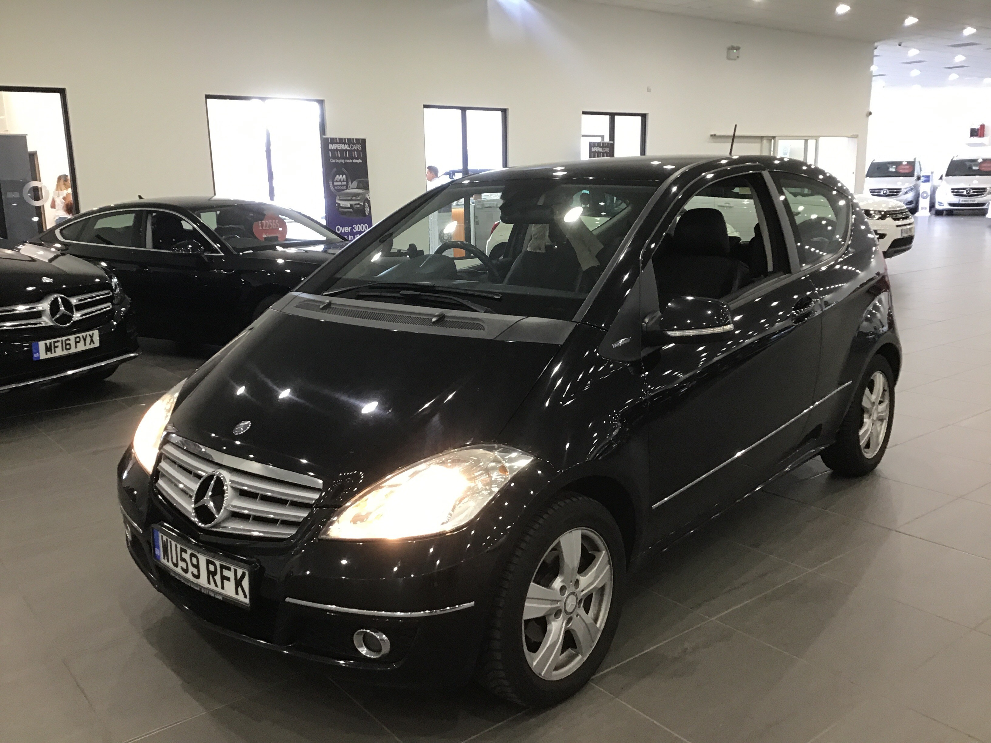 Mercedes-Benz A Class A150 BlueEFFICIENCY Avantgarde SE 3dr
