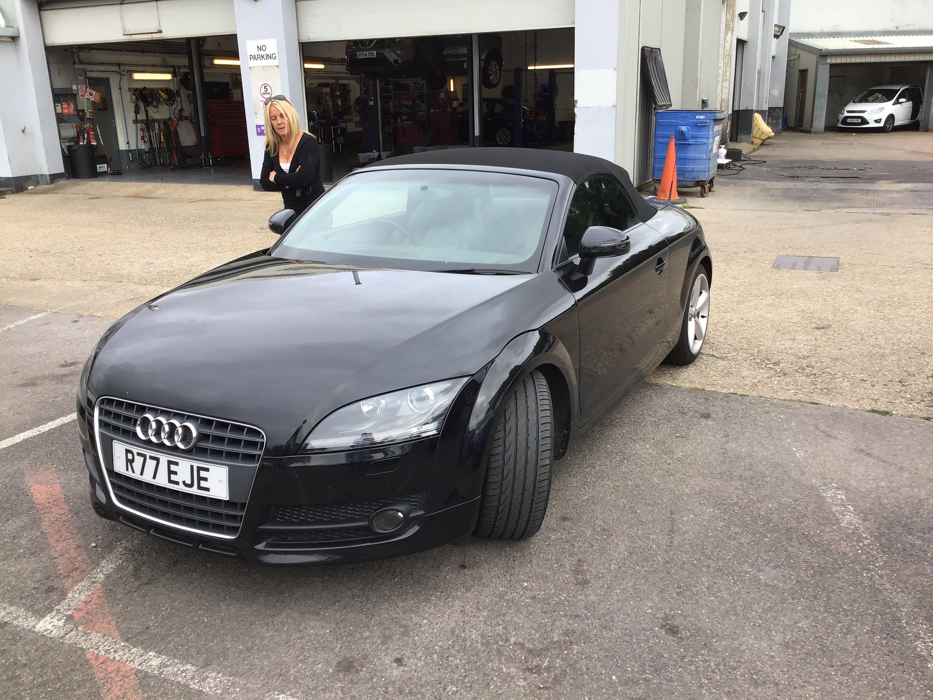 Audi TT 2.0T FSI 2dr Exterior 1