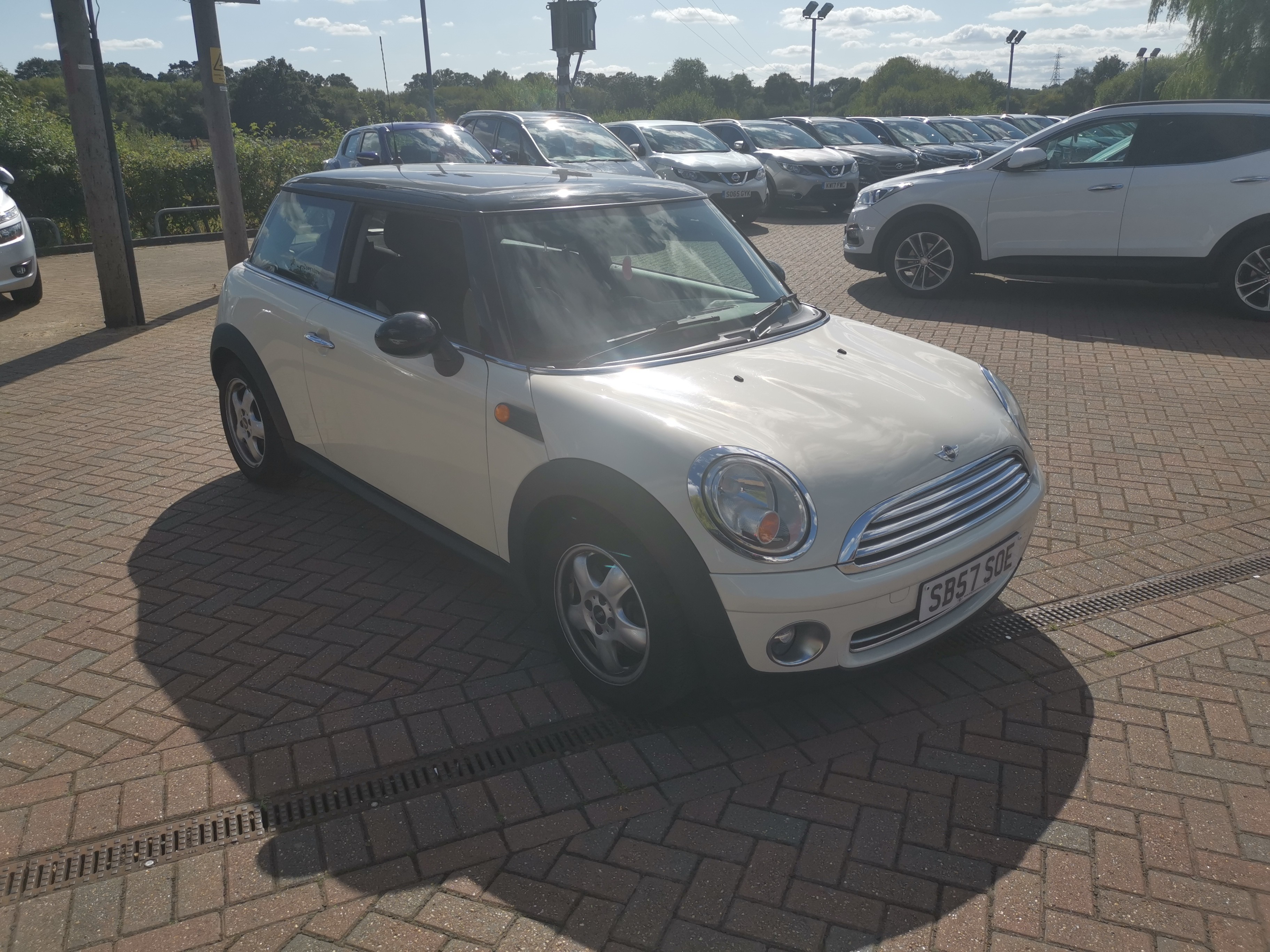 Mini Hatchback 1.6 Cooper 3dr Auto