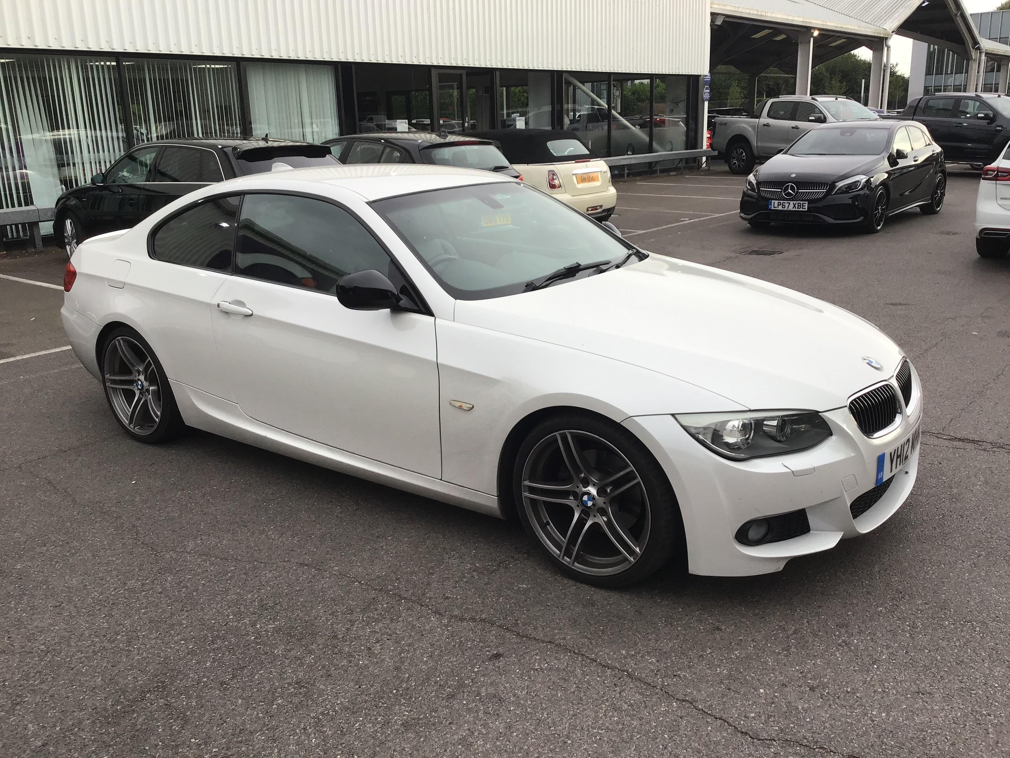 BMW 3 Series 320d Sport Plus 2dr Exterior 3