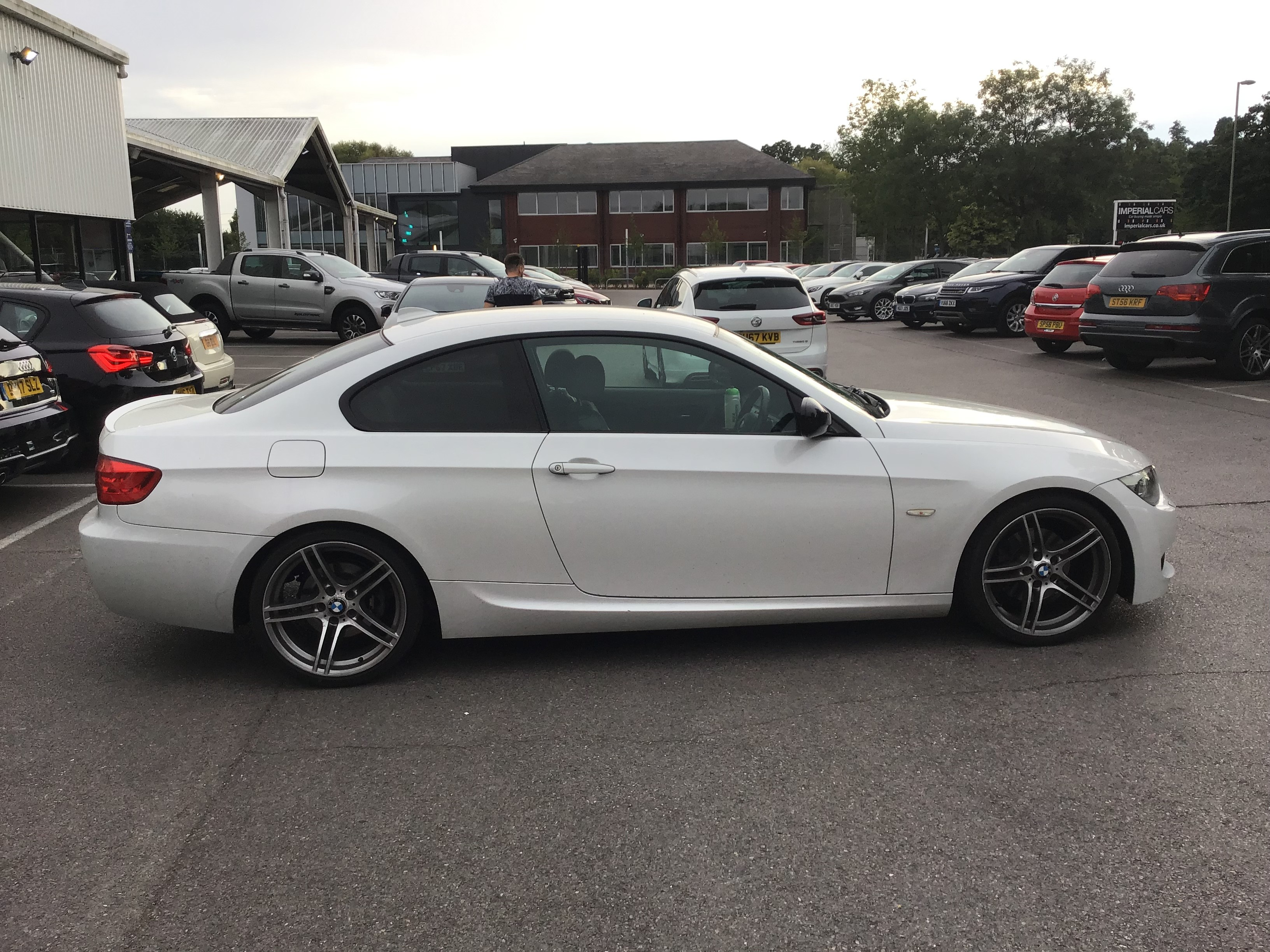 BMW 3 Series 320d Sport Plus 2dr Exterior 2