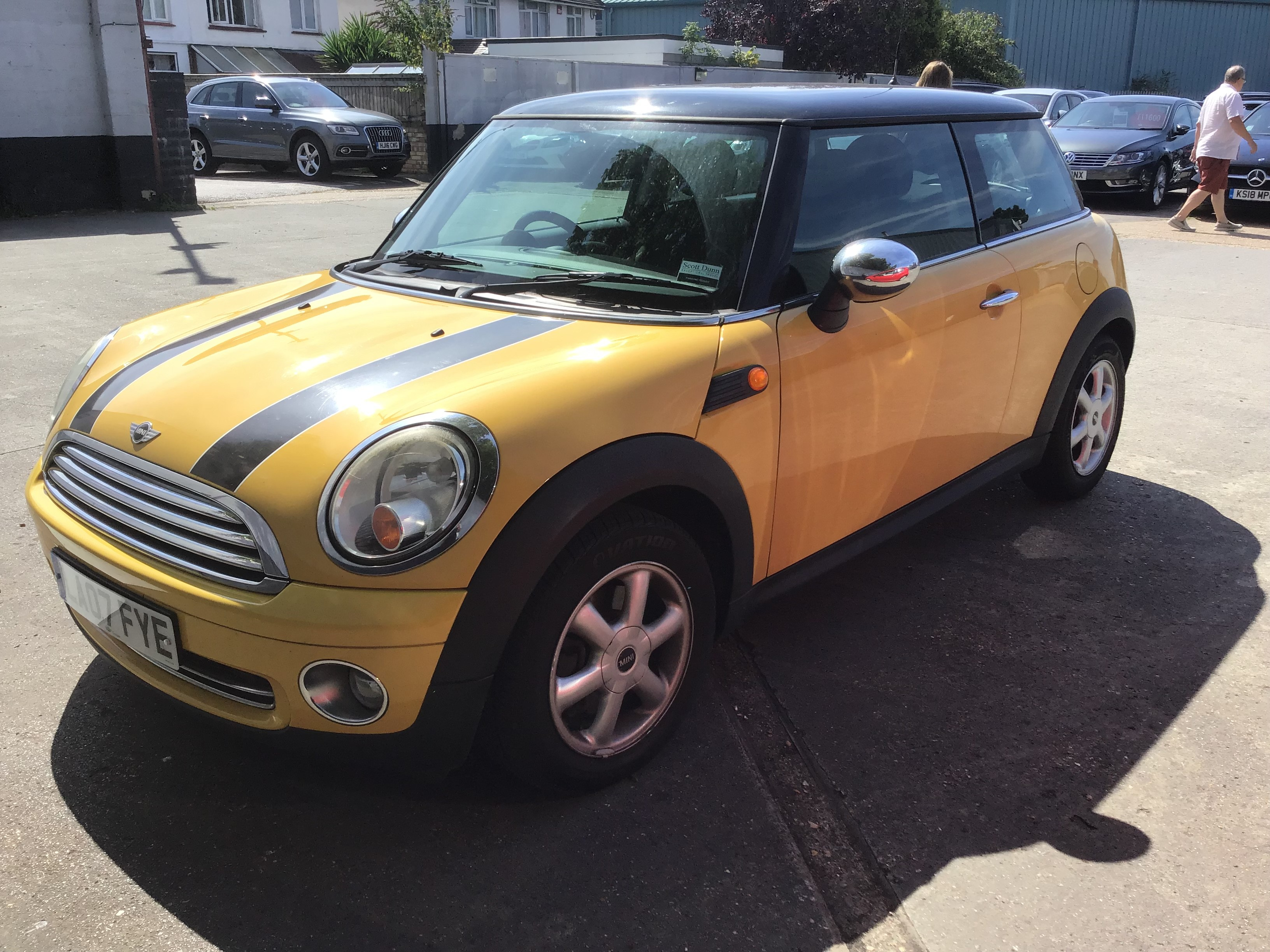 Mini Hatchback 1.6 Cooper 3dr [Pepper Pack]